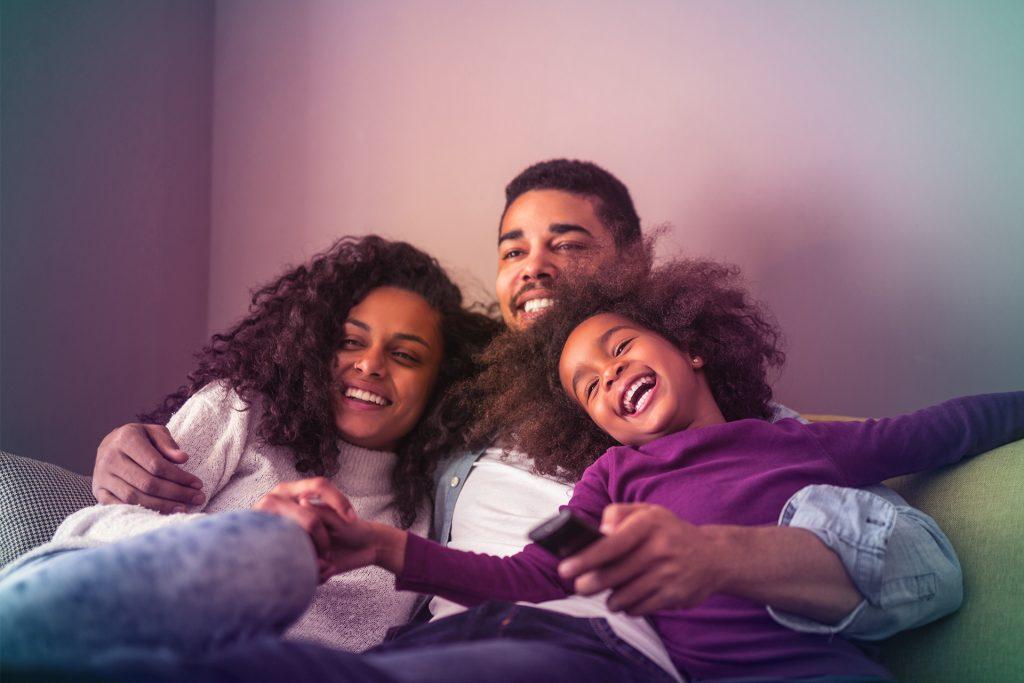 Famille - Canapé - TV Bbox