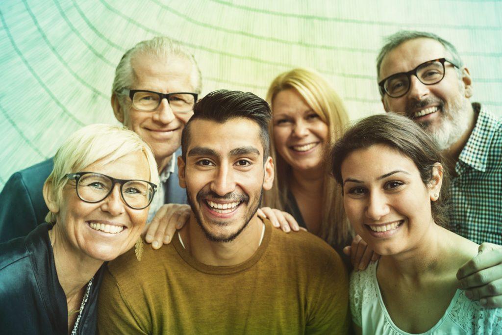 Groupe - hommes et femmes - Comité Clients Bouygues Telecom