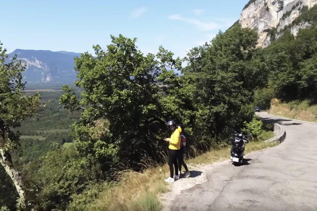 Pierre Croce parcourt 1 412 km à scooter pour tester la #4GBouygues