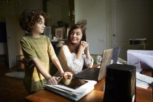 Mère et fils - Wi-Fi 6 - Bbox Fibre