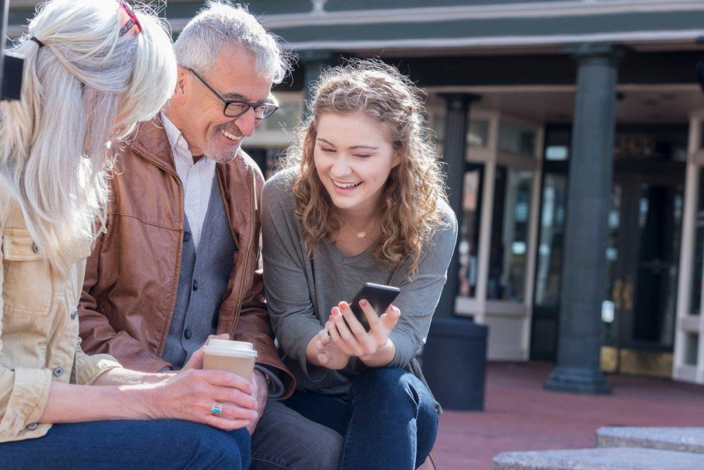 Ensemble, Le Mag - Quiz Parents testent leurs connaissances digital - Août 2020