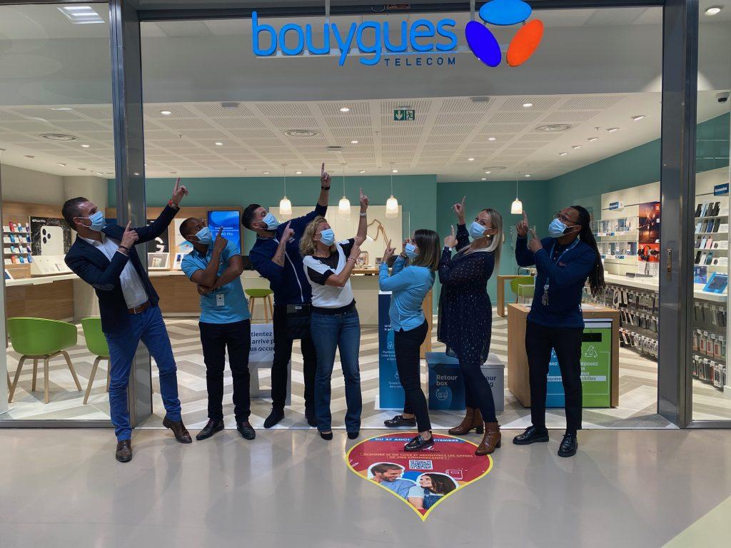 Photo d'équipe - Nouvelle boutique - Chambourcy - Bouygues Telecom