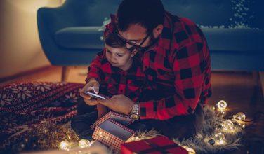 Comment répondre aux questions embarrassantes des enfants sur le Père Noël ?