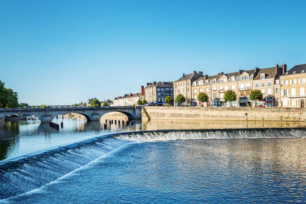 LAVAL - 4 nouvelles villes en fibre Bouygues.