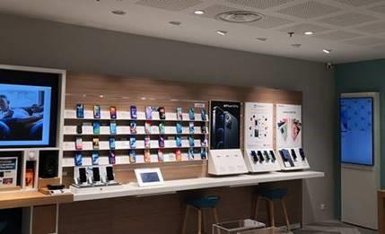 Intérieur - nouvelle boutique Bouygues Telecom - Sainte-Eulalie
