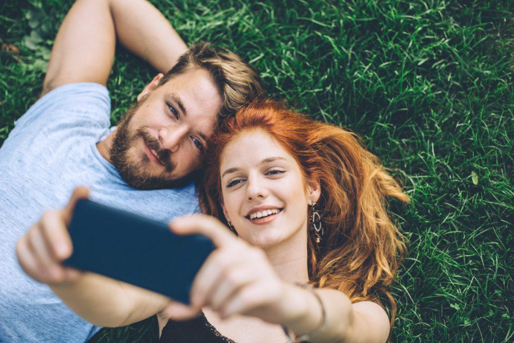Couple et smartphone - les chiffres