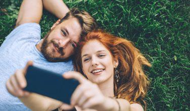 [Infographie] Couple et smartphone : les infos à connaître