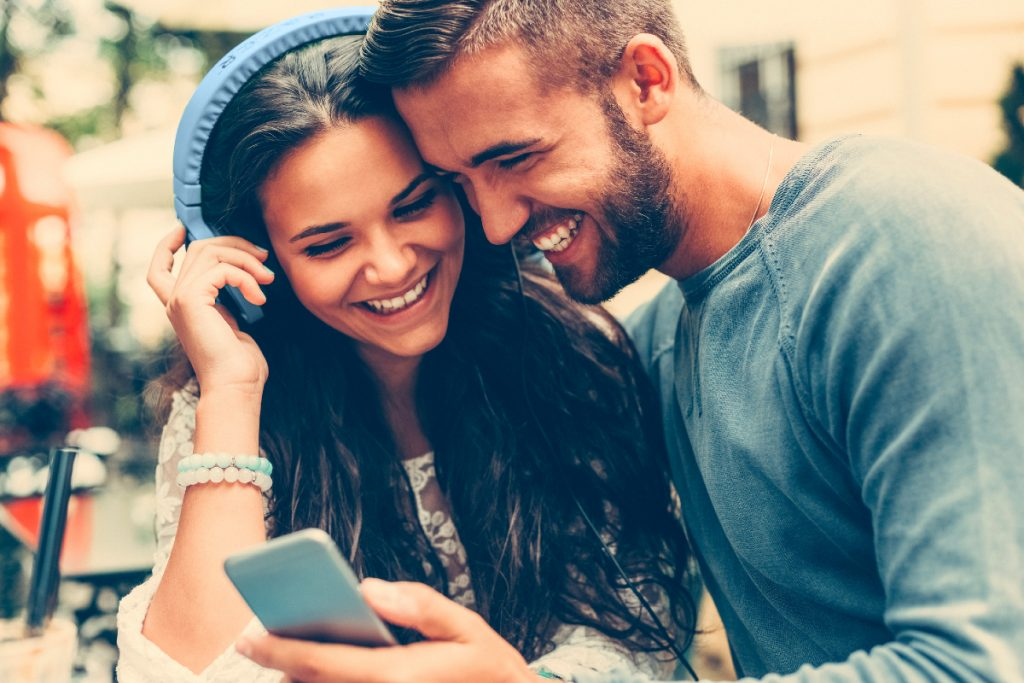 Couples - Smartphone - Chiffres clés