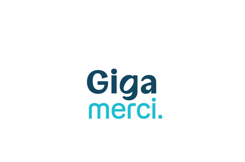 Don de Giga avec la Croix-Rouge française : 20 000 forfaits et 10 000 smartphones offerts grâce à vous !